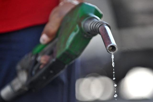 benzin zapravka - ЕСЛИ ЗАЛИЛ ПЛОХОЙ БЕНЗИН - ЧТО ДЕЛАТЬ?